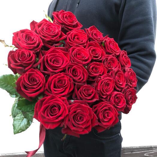 Flowers Lovers - 25 алых роз 80см