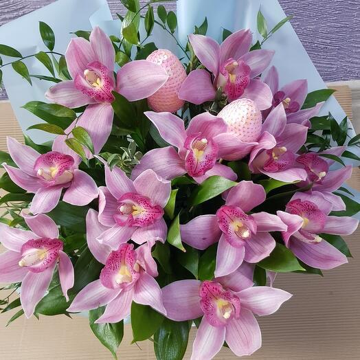 Орхидея в коробке
