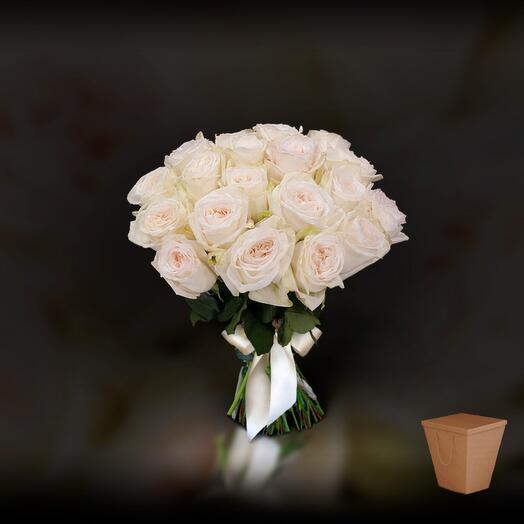 21 роза White Ohara