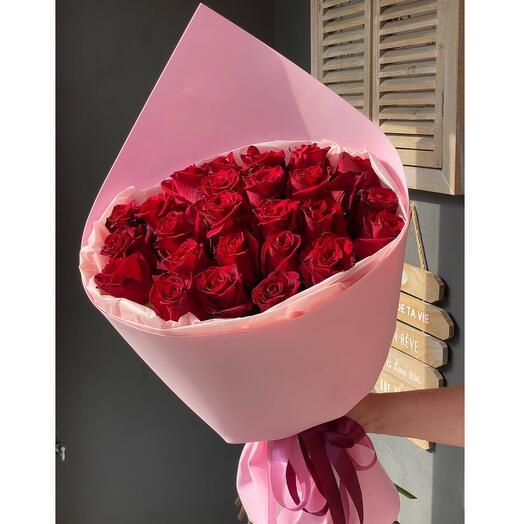 25 Алых роз