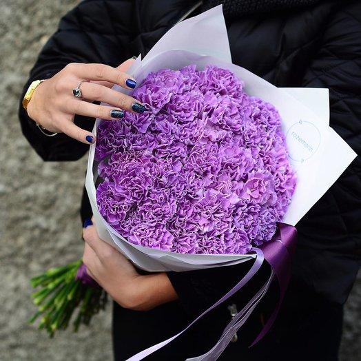 Сиреневые гвоздики в крафте: букеты цветов на заказ Flowwow