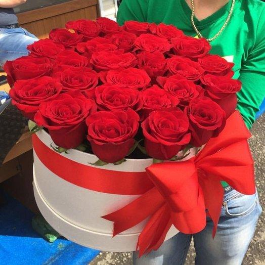 Шляпная коробка Мисс Любви: букеты цветов на заказ Flowwow