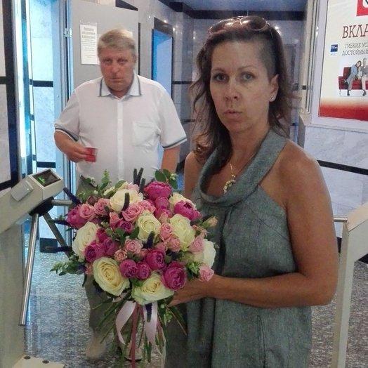 Пампадур: букеты цветов на заказ Flowwow