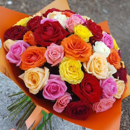 Яркое ассорти  из роз: букеты цветов на заказ Flowwow