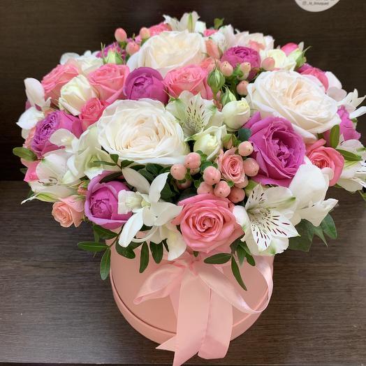 Нежная композиция из микса цветов: букеты цветов на заказ Flowwow