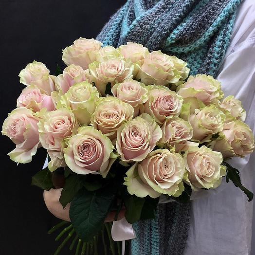 Охапка из роз сорта Pink mundial: букеты цветов на заказ Flowwow