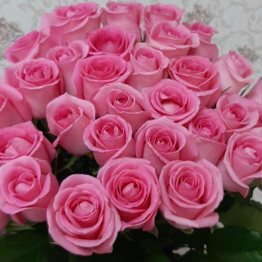 Моно букет из 25 розовых роз
