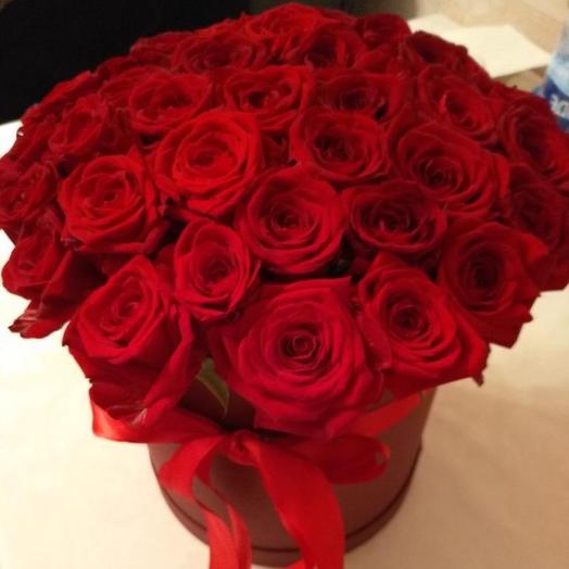 Голландские розы в шляпной коробке 51 шт: букеты цветов на заказ Flowwow