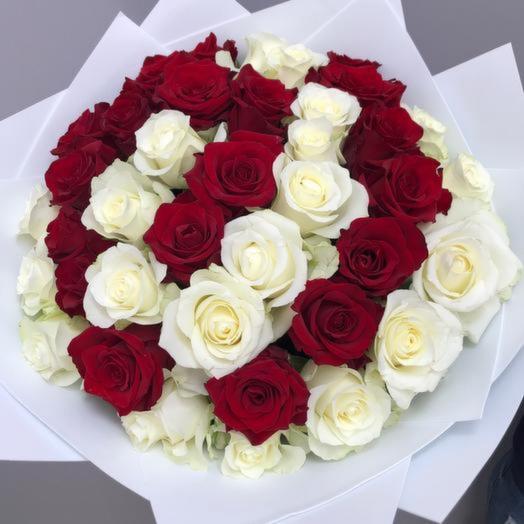 Букет 35 шикарных роз «Розы любви»