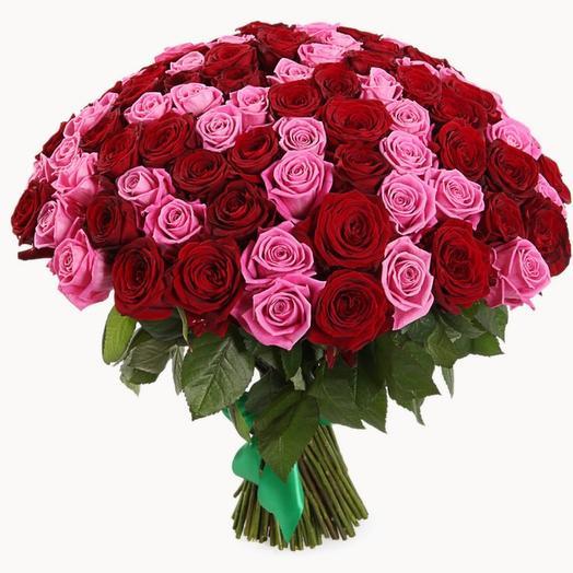 Букет из 101 розовой и красной розы (50 см)