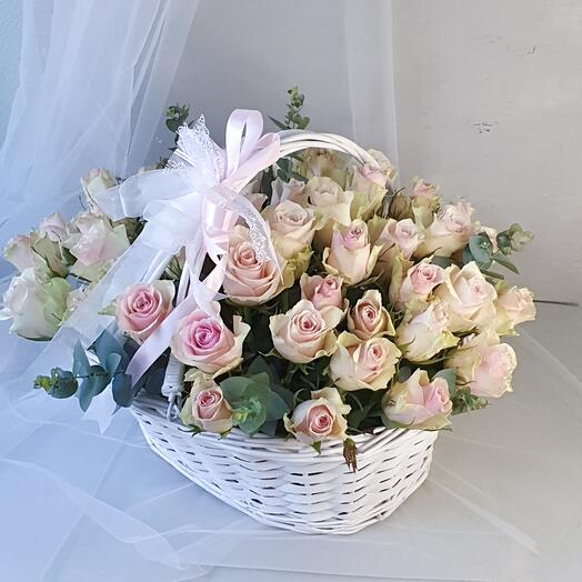 """Корзина из 51 розы """"Sweety"""""""