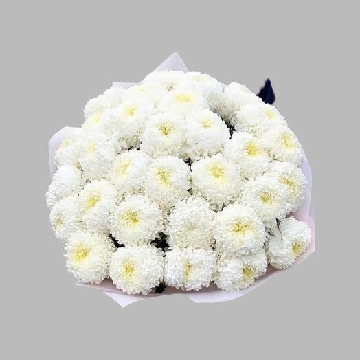 Букет из белой одноголовой хризантемы