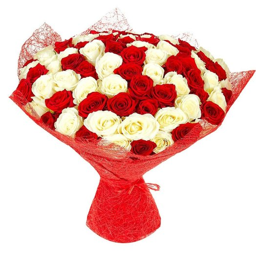 Букет из 101 розы Красно-белые: букеты цветов на заказ Flowwow