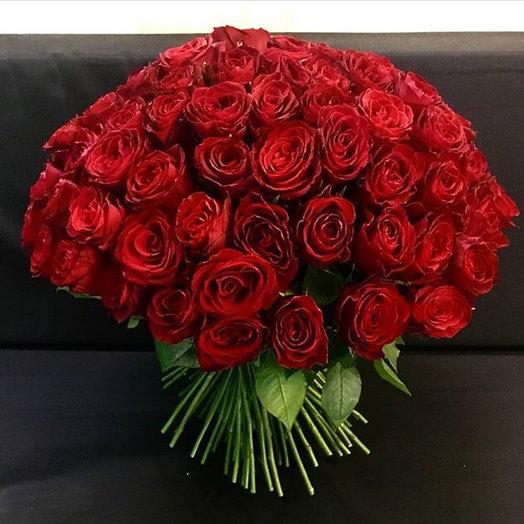 Букет из 51 красной розы : букеты цветов на заказ Flowwow