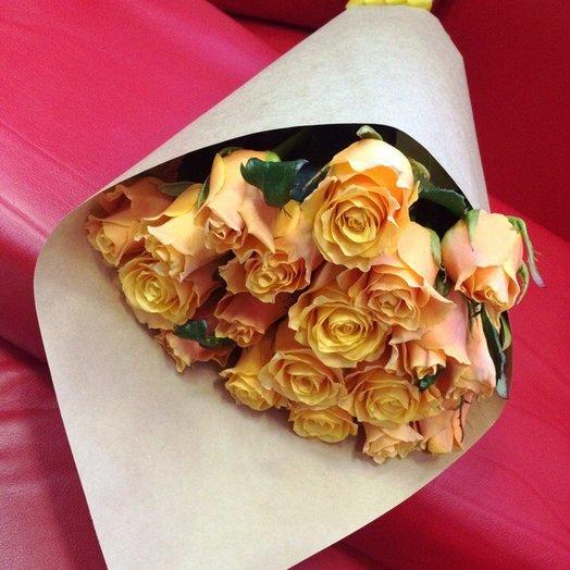 Букет из 17 «пламенных» роз