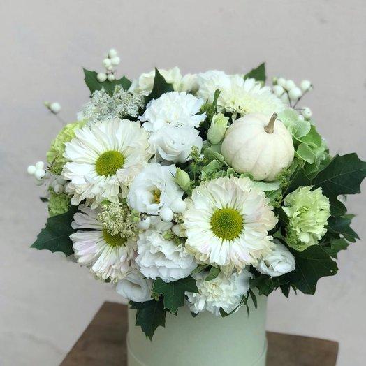 Хризантема и тыква: букеты цветов на заказ Flowwow