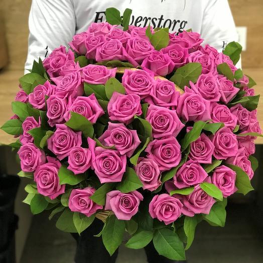 Корзины с цветами. Розы. 71 роза. N325