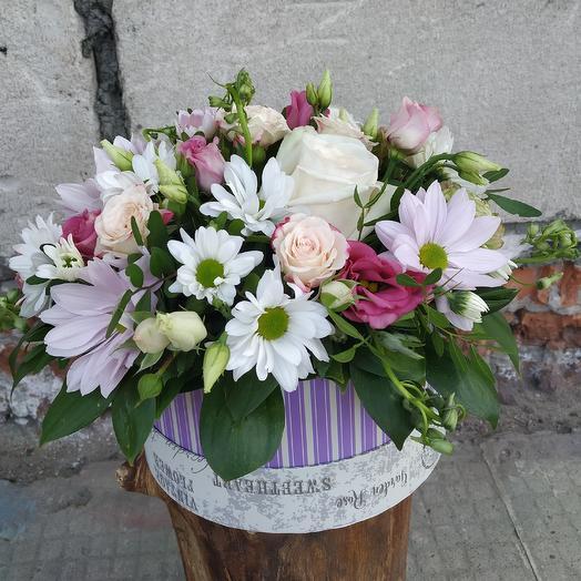 Нежная коробочка с пионовидной розой: букеты цветов на заказ Flowwow