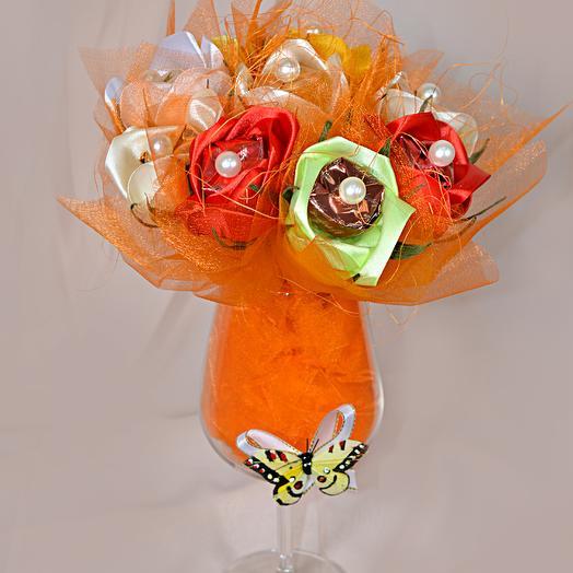 """Букет из конфет """"Оранжевое настроение"""": букеты цветов на заказ Flowwow"""