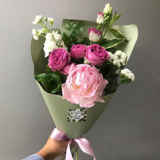 Букет с пионом: букеты цветов на заказ Flowwow