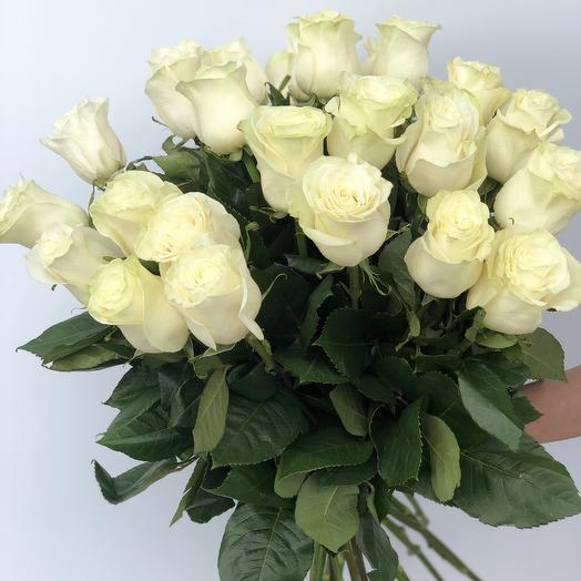 Моно букет из белых роз: букеты цветов на заказ Flowwow