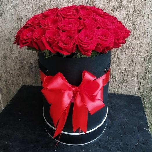 Шляпная коробка с розой: букеты цветов на заказ Flowwow