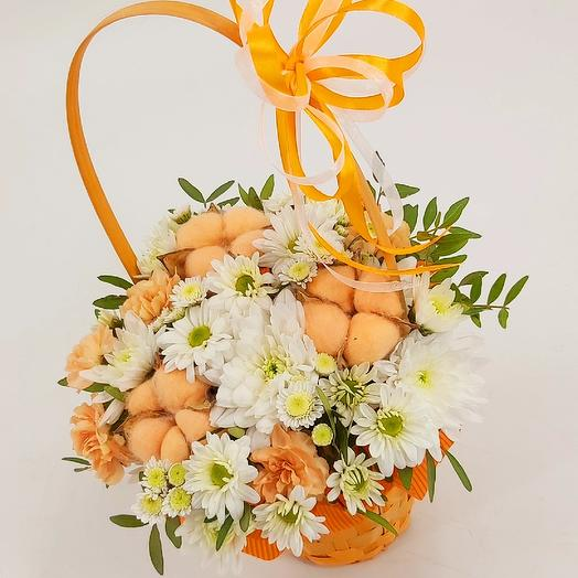 Корзинка с ромашками рыжая: букеты цветов на заказ Flowwow