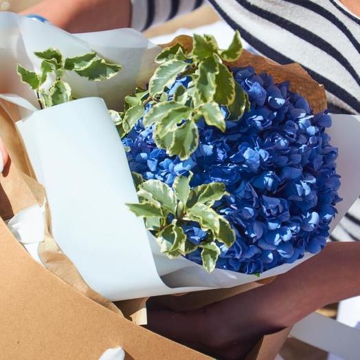 Букет из голубой кружевной гортензии: букеты цветов на заказ Flowwow