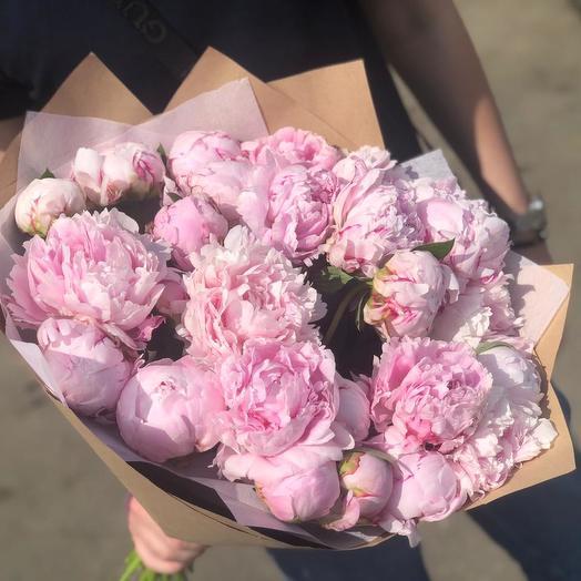 Пионы 31 шт: букеты цветов на заказ Flowwow