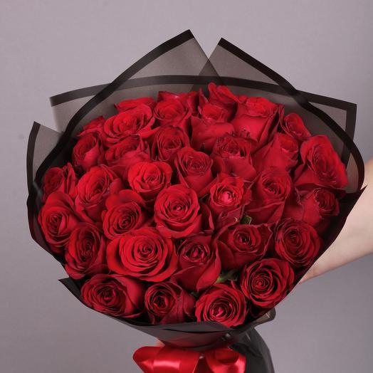 35 роз Ред Наоми: букеты цветов на заказ Flowwow