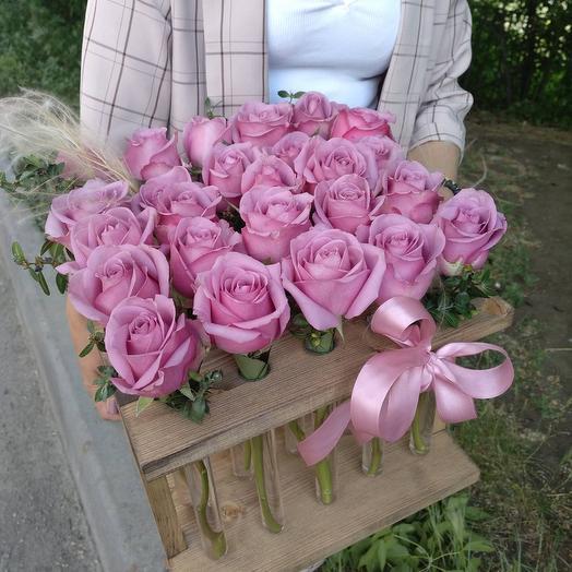 Рамка с 25 сиреневыми розами