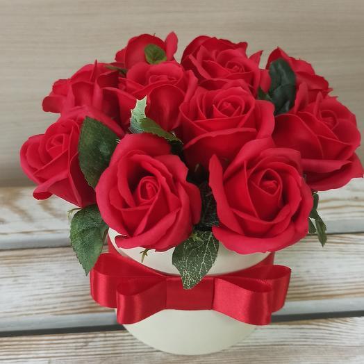 Мыльные розы в коробке 13 шт