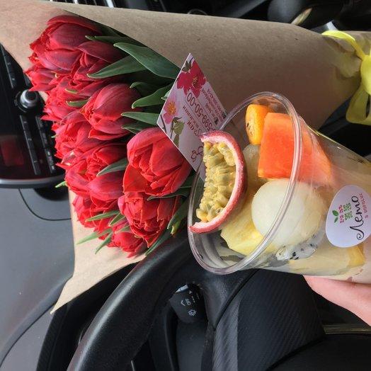 Монобукет Тюльпанов: букеты цветов на заказ Flowwow