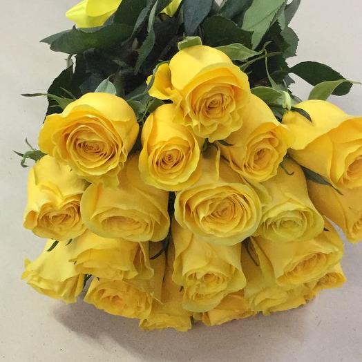 Букет из 21 желтой местной розы 50 см: букеты цветов на заказ Flowwow