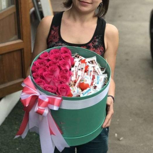 Шляпная коробочка Киндер: букеты цветов на заказ Flowwow