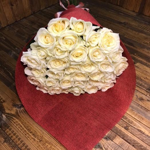 31 роза Аваланж: букеты цветов на заказ Flowwow
