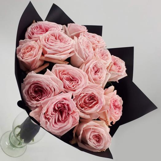 15 пионовидных роз: букеты цветов на заказ Flowwow
