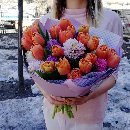 Большой весенний: букеты цветов на заказ Flowwow