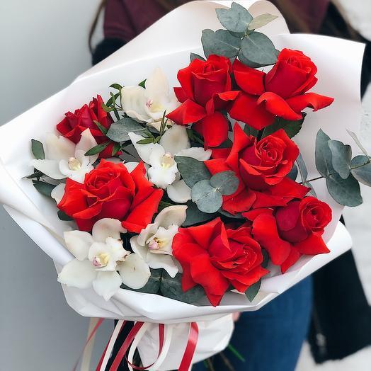 001: букеты цветов на заказ Flowwow