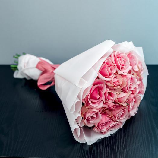 Букет из 19 розовыз роз 50см: букеты цветов на заказ Flowwow