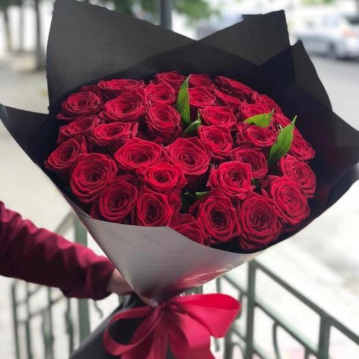 Красные розы 29 шт: букеты цветов на заказ Flowwow