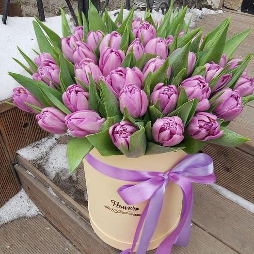 Пионовидные тюльпаны в коробке: букеты цветов на заказ Flowwow