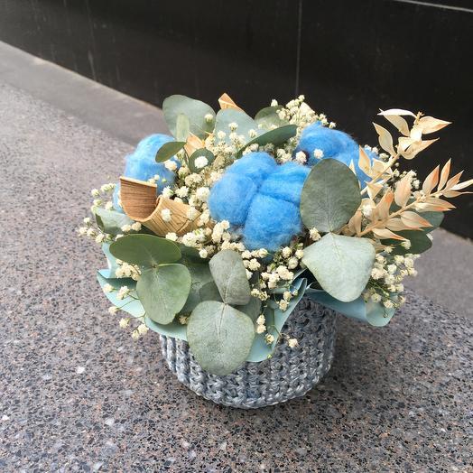 Вязаное кашпо с сухоцветами1: букеты цветов на заказ Flowwow