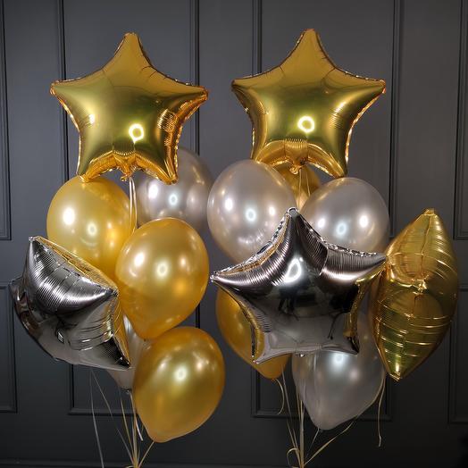 Композиция золотых и серебряных шаров со звездами