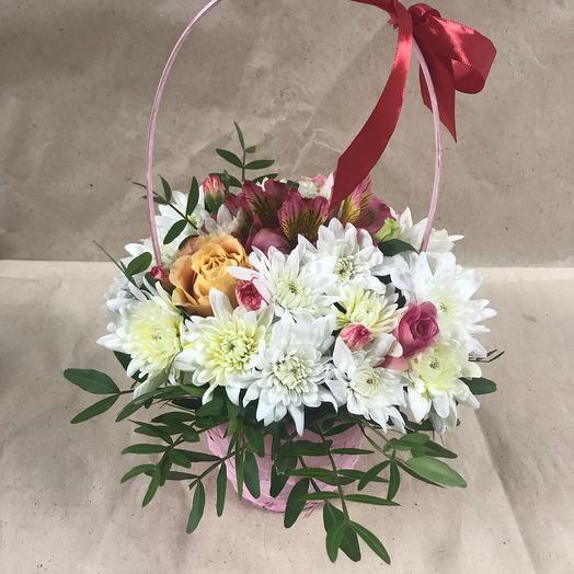 "Корзина с цветами ""Бантик"""