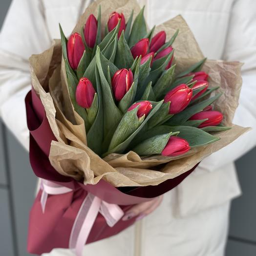 Букет Мэри из тюльпанов из 15 штук
