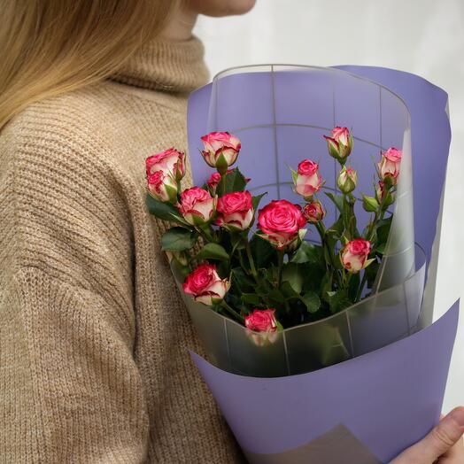 Букет из 3 высокие кустовые розы 60-70 см (Кения)