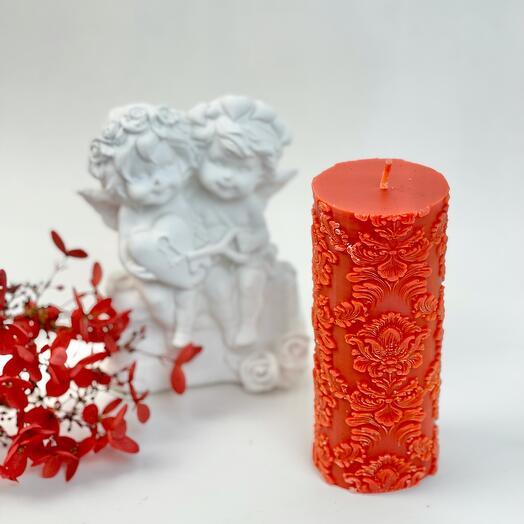 Красная ажурная свеча
