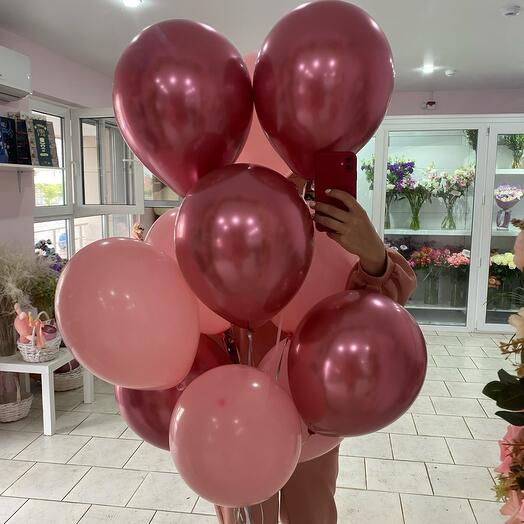 11 розовых шарика