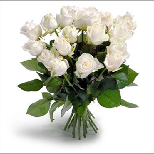 21 белоснежная сортовая роза: букеты цветов на заказ Flowwow